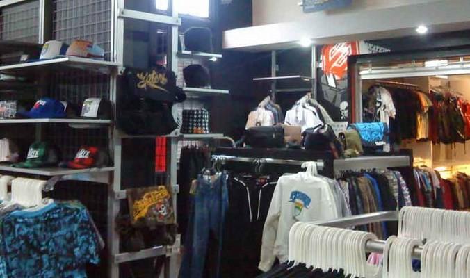 Grosir Kaos Distro Parahyangan Bandung Pusat Kaos Distro Parahyangan Paling Populer di Kota Bandung