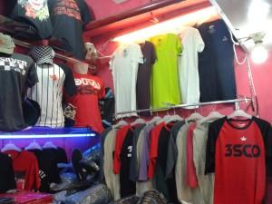 Grosir Kaos Distro Parahyangan Bandung Kaos Distro Parahyangan Terletak di Pusat Kota Bandung
